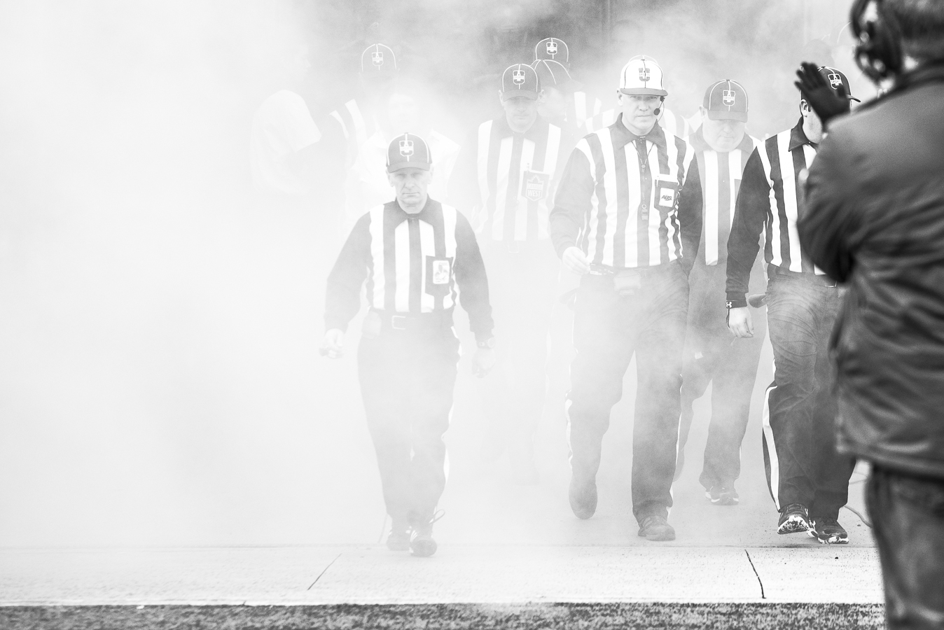 photo football, football canadien, coupe Vanier, stade Hamilton, Hamilton Stadium, Vanier cup, Canadian football, football photography, Natmartin photographie, arbitre, referee